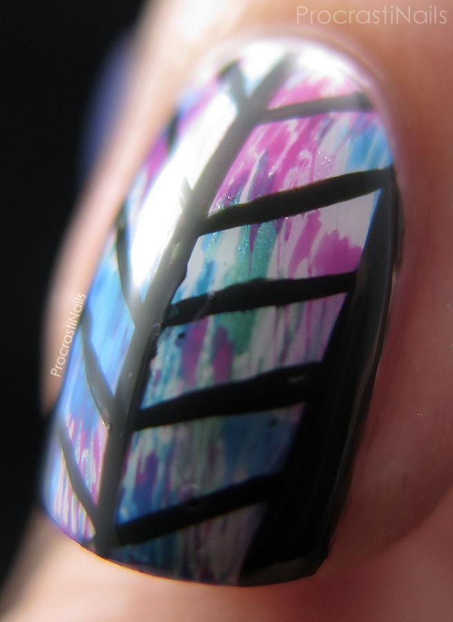 Herringbone and dry brush nail art macro with Zoya Noot and CND Vinylux Garden Muse shades