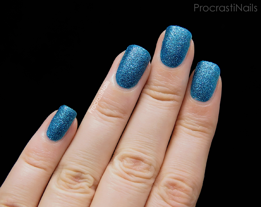 Swatch of Zoya PixieDust Liberty textured nail polish