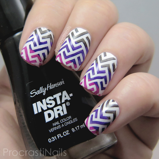 Zig zag nail art with Sally Hansen and the Essence stamping kit