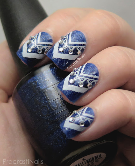 Chevron stamping with MoYou London Artist Plate 17 over dark blue